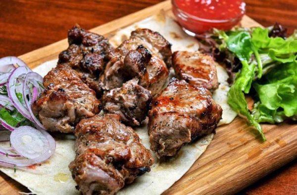 Шашлык из свинины на кефире – 12 рецептов