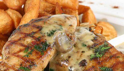 Рецепт куриного стейка с соевым соусом на гриле